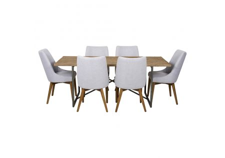 Monterey 2000 Dining Table with Taylor Chairs
